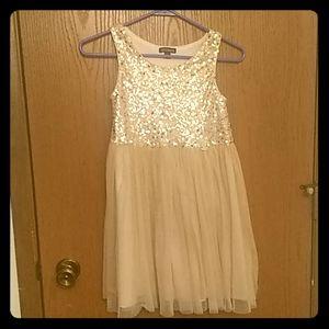 Girls dress size 8
